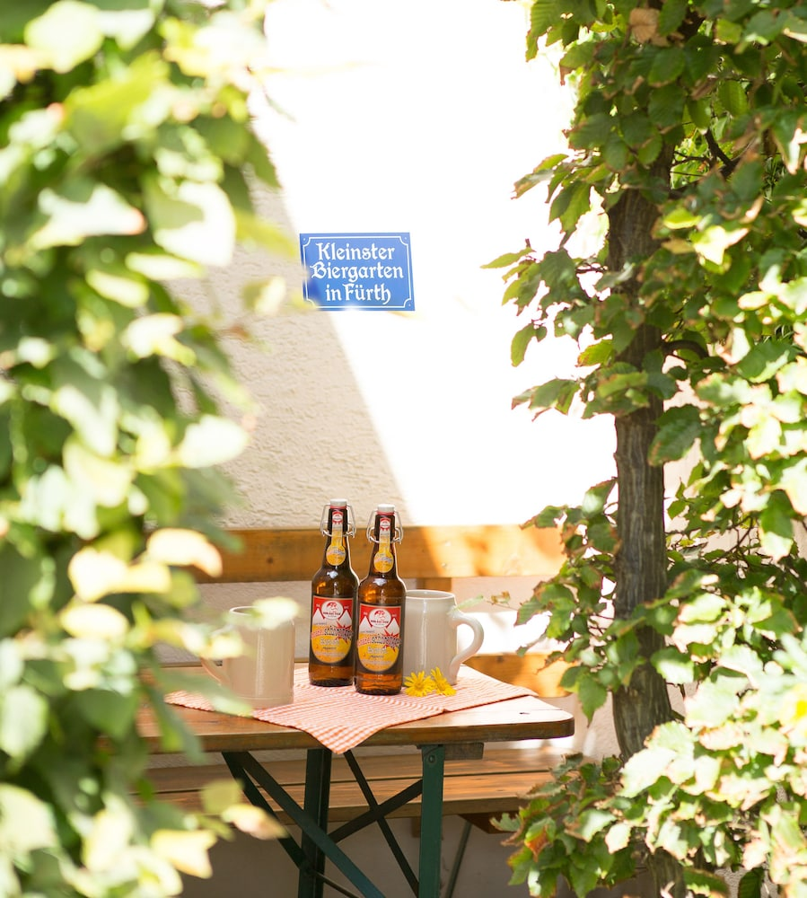 앰비언트 호텔 암 유로파카날(Ambient Hotel Am Europakanal) Hotel Image 44 - BBQ/Picnic Area