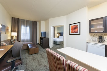 Suite, 1 Bedroom, Accessible, Kitchen (Mobility)