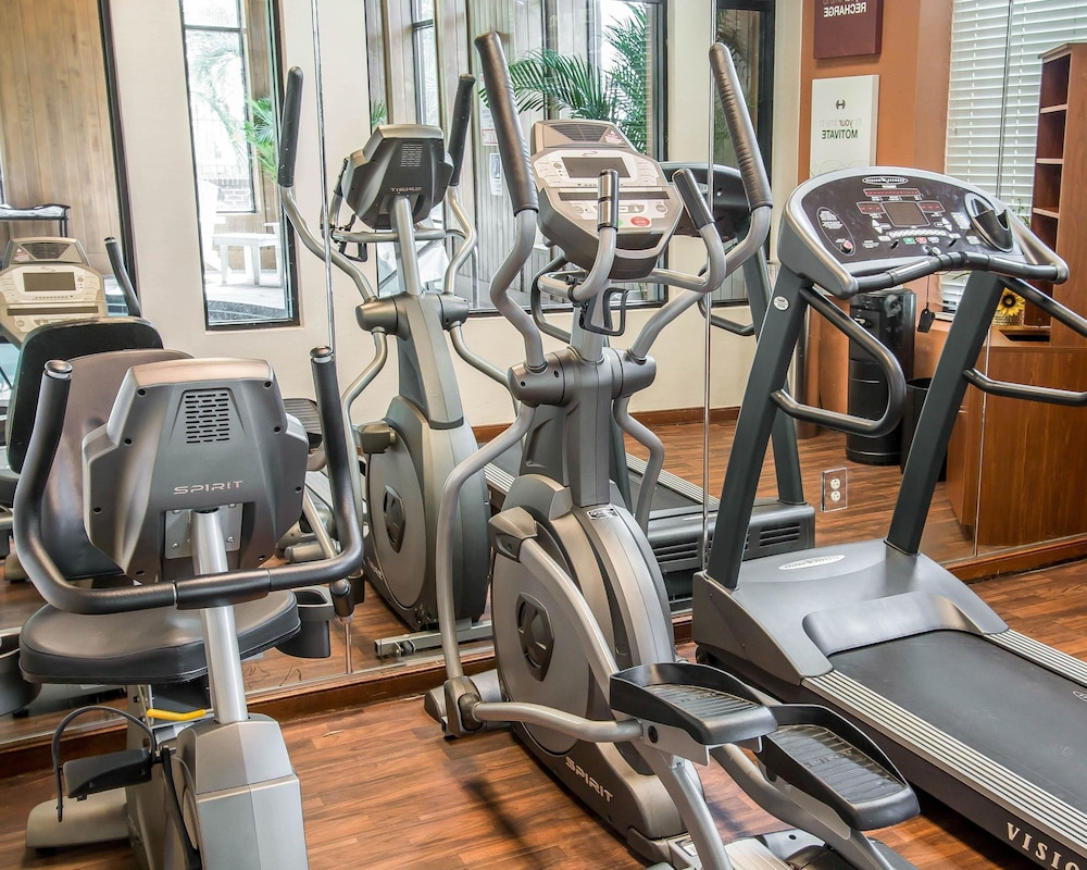 Health and Fitness : Fitness Facility 24 of 93