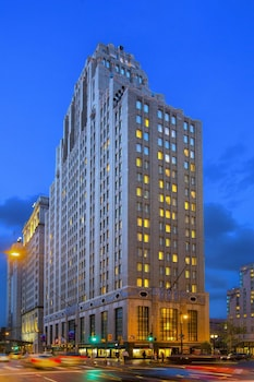 Philadelphia Center City Residence Inn by Marriott photo