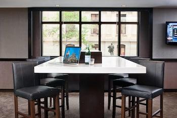 Lobby Lounge at Philadelphia Center City Residence Inn by Marriott in Philadelphia