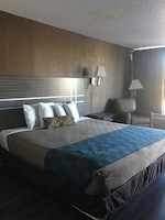 Standard Room, 1 King Bed, Non Smoking at Econo Lodge Savannah Gateway I-95 in Savannah