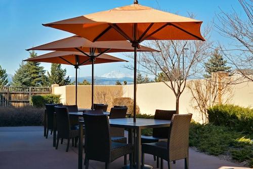 . Courtyard by Marriott Boulder Longmont