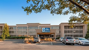 Hotel - Best Western Sterling Hotel & Suites