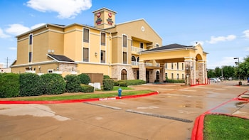 Hotel - BEST WESTERN PLUS McKinney Inn & Suites