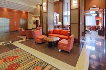 水晶城 - 雷根國家機場恒庭套房飯店 Hampton Inn & Suites Reagan National Airport - Crystal City