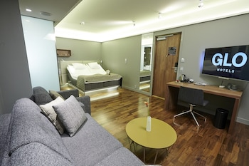 Comfort Double with sofa