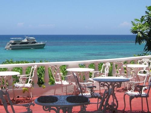 Silver Seas Hotel,