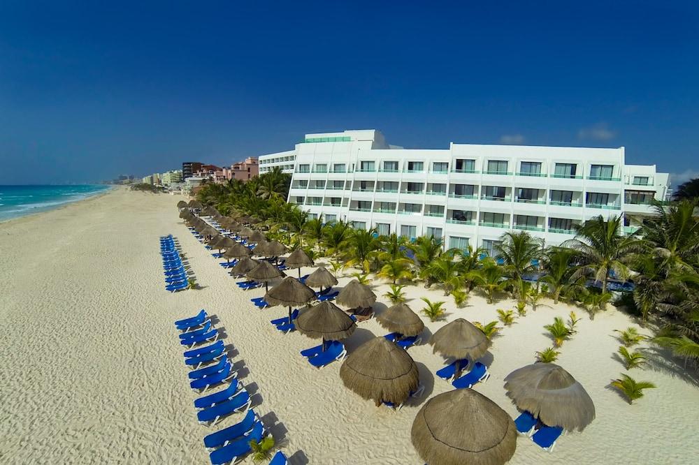Flamingo Cancun Resort, Featured Image