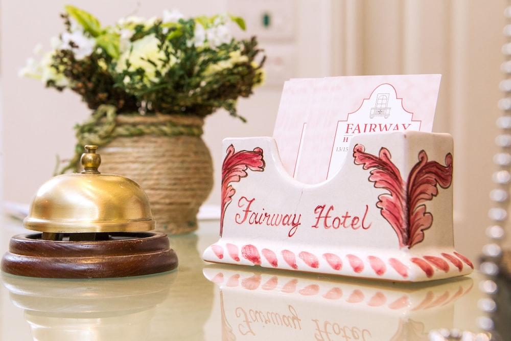 ザ フェアウェイ ホテル