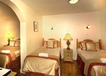 피콜리노 하이드 파크 호텔(Piccolino Hyde Park Hotel) Hotel Image 7 - Guestroom