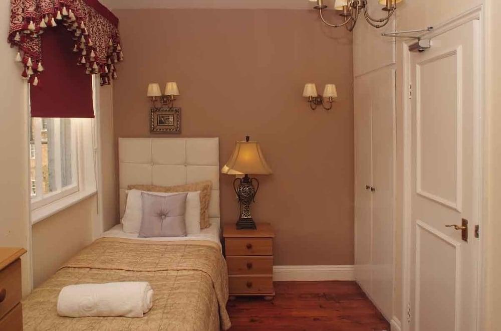 피콜리노 하이드 파크 호텔(Piccolino Hyde Park Hotel) Hotel Image 10 - Guestroom