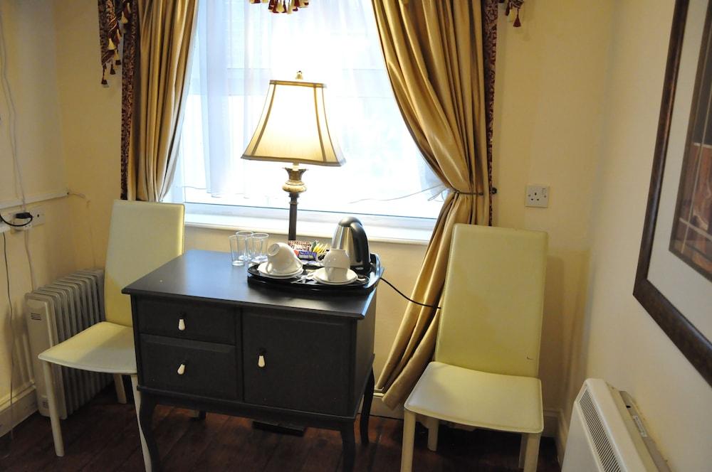 피콜리노 하이드 파크 호텔(Piccolino Hyde Park Hotel) Hotel Image 32 - In-Room Amenity