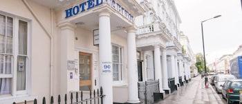 Hotel - Carlton Hotel