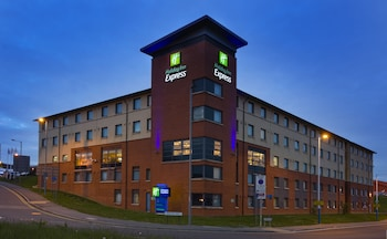 Holiday Inn Express London - Luton Airport