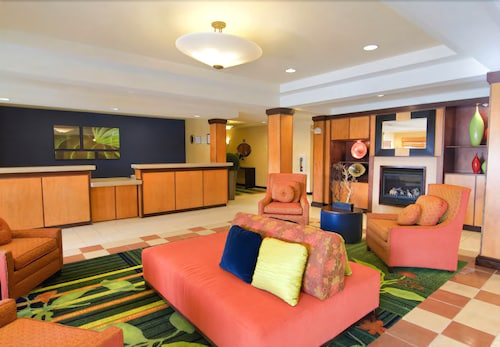 . Fairfield Inn & Suites by Marriott - Emporia