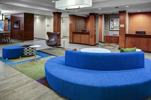. Fairfield Inn & Suites by Marriott - Emporia