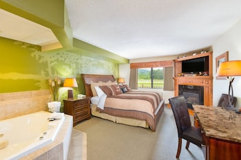 Suite, 1 King Bed, Non Smoking (Mississippi Decoy Suite)