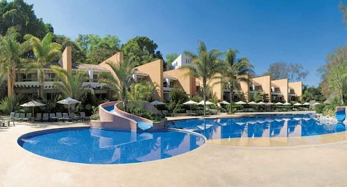 . Hotel Rancho San Diego Grand Spa Resort
