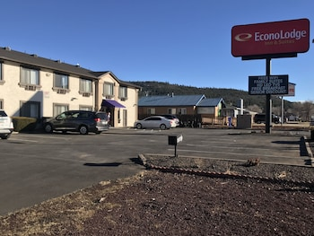 Hotel - Econo Lodge Inn and Suites