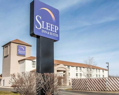 . Sleep Inn & Suites Near I-90 and Ashtabula