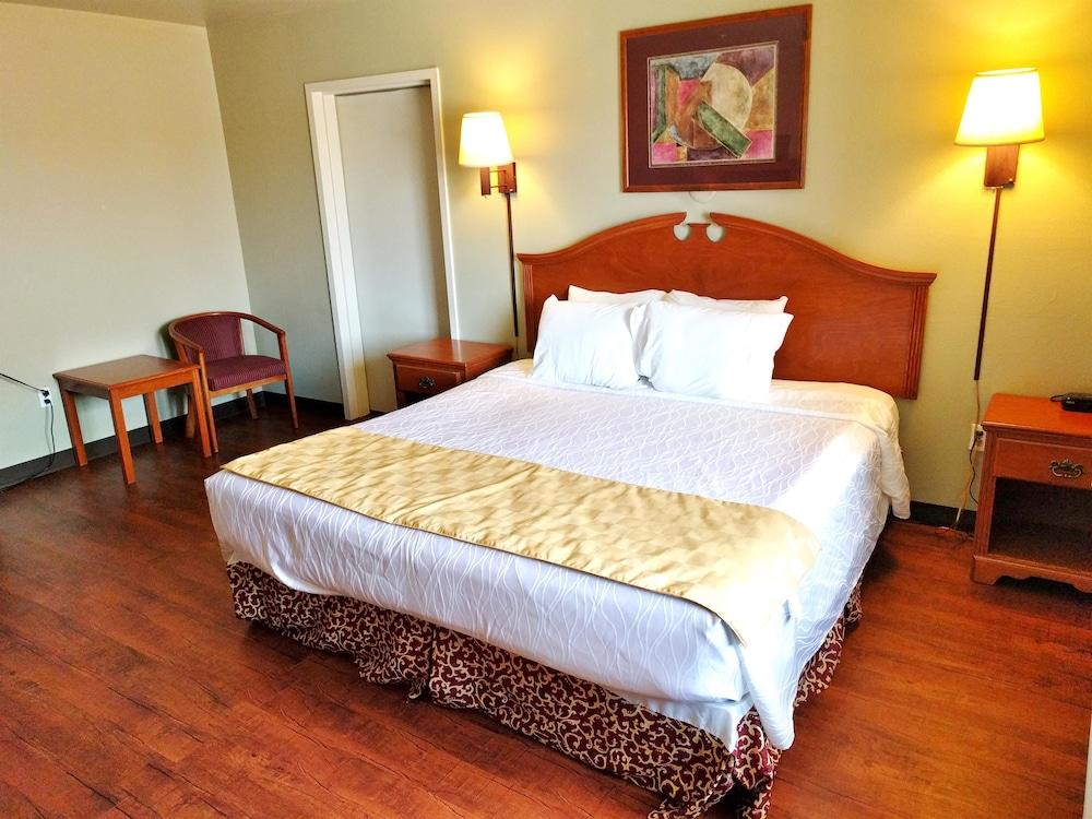 아메리카스 베스트 밸류 인 & 스위트 갤럽(Americas Best Value Inn & Suites Gallup) Hotel Image 2 - 객실