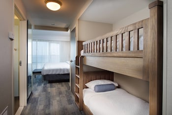 Family Suite, Multiple Beds, Balcony (Gulf front)