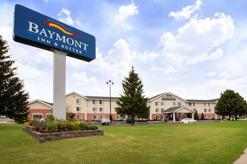 . Baymont by Wyndham Mackinaw City