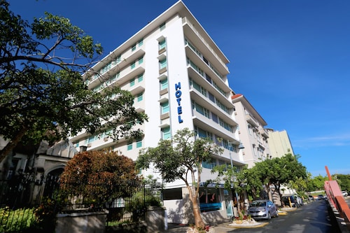 . Hotel Miramar