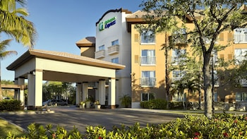 Hotel - Holiday Inn Express Hotel & Suites Naples Downtown - 5th Ave