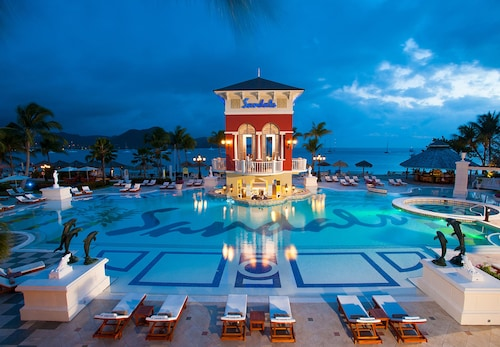 Sandals Grande St. Lucian - All Inclusive Couples Only,