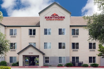 Hawthorn Suites by Wyndham Rancho Cordova/Folsom photo