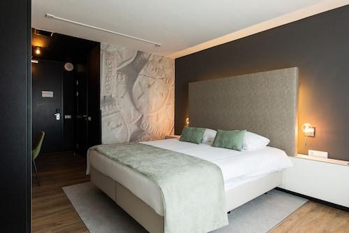 . Select Hotel Apple Park Maastricht