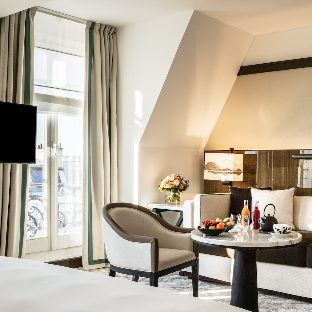 hyatt paris madeleine classic vacations. Black Bedroom Furniture Sets. Home Design Ideas