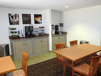 Restaurant at Extended Stay America - Dallas - Las Colinas - Meadow Crk Dr in Irving