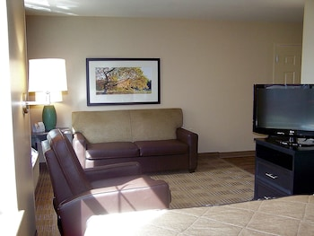 Guestroom at Extended Stay America Phoenix - Chandler - E. Chandler Blvd. in Phoenix