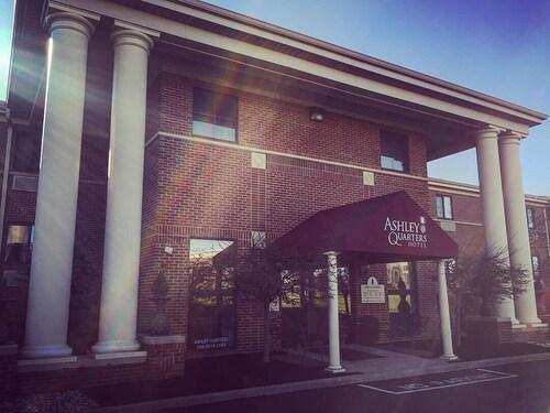 . Ashley Quarters Hotel