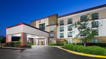Hotel - Best Western Plus Birmingham Inn & Suites