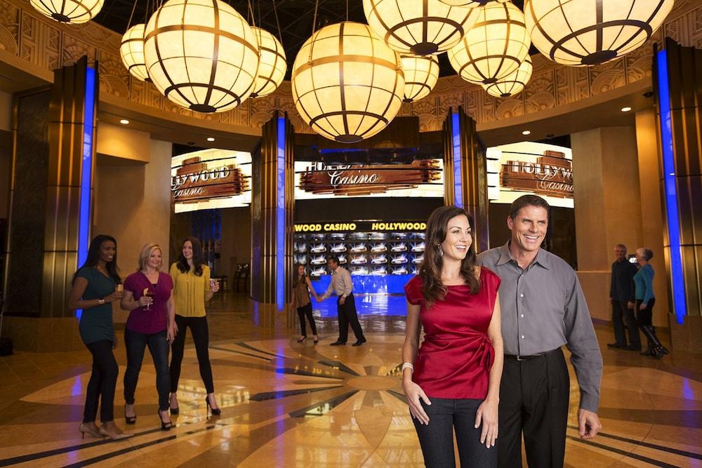 777 Hollywood Casino