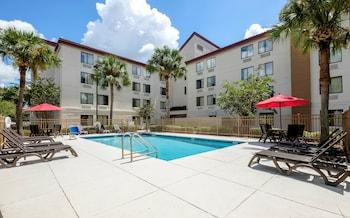 蓋恩斯維爾紅屋頂普拉斯飯店 Red Roof Inn PLUS+ Gainesville