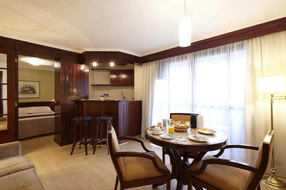 트랜스아메리카 클래식 하이네폴리스(Transamérica Classic Higienópolis) Hotel Image 7 - Living Area