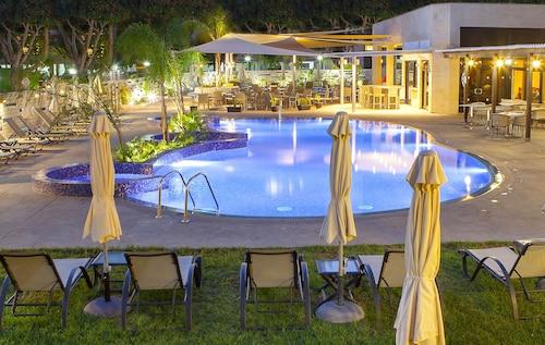 __{offers.Best_flights}__ Kapetanios Odysseia Hotel