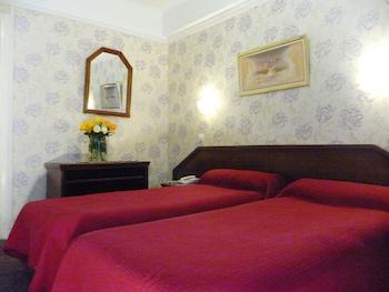 Hotel - Hôtel Ambassadeur