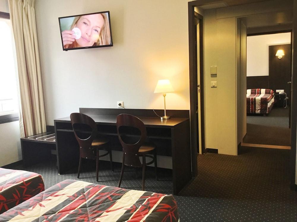 호텔 얼라이언스 루르드(Hôtel Alliance Lourdes) Hotel Image 11 - Guestroom