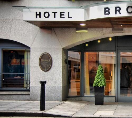 . Brooks Hotel