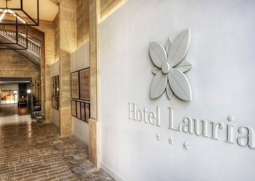 . Hotel Lauria
