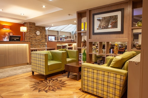 . Holiday Inn Express Edinburgh Airport