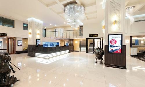 . Burke and Wills Hotel