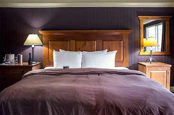 Superior Room, 1 King Bed (Heritage)