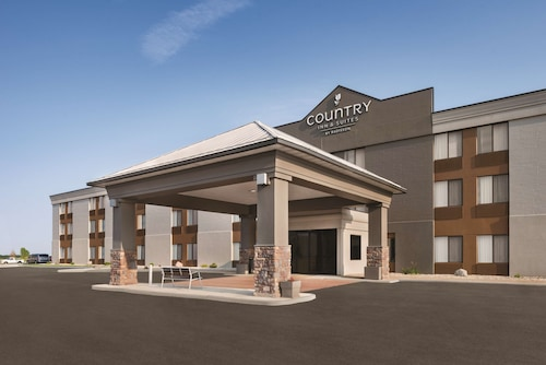 . Country Inn & Suites by Radisson, Mt. Pleasant-Racine West, WI